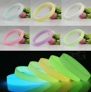 Hot-Fashion-Charm-GLOW-IN-THE-DARK-Silicone-Rubber-Wristband-Wrist-Band-Bracelet