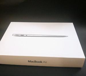 Macbook air 13 - amazing condition!  i5 1.8/SSD 120GB / intel H