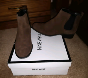 NINE WEST ANKLE BOOTS NEW IN BOX