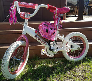 Joli vélo de princesse à vendre!
