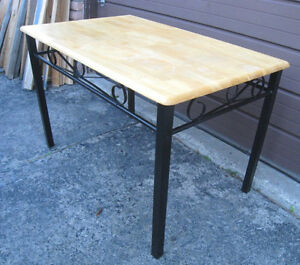 Nice Heavy Duty Metal/Solid Wood Dining Table in quite good cond