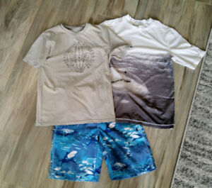 Boys Swim Shorts and Rash Guard Size Large (10)