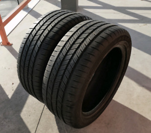 Set of two 225/50/17 Goodyear Eagle LS runflat. 7/32nd