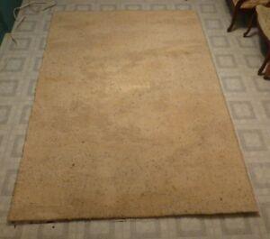 Carpette Tapis  en  pure  laine  de  mouton   8'pieds x 5'pieds
