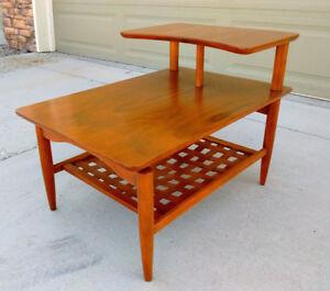 Mid Century Modern Lane Tiered Side Table w Weave Shelf