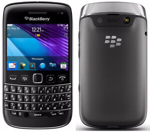 UNLOCKED BLACKBERRY BOLD 9790 TRES BONNE CONDITION ($50).......