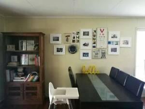 Dinning table & 6 Chairs - Good Condition