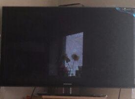 Samsung 32''Smart TV.
