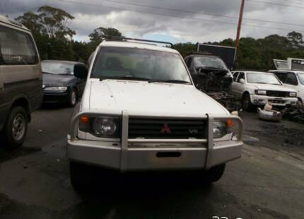 Mitsubishi pajero 1994  now wrecking parts from $15  #1219 Tuggerah Wyong Area Preview
