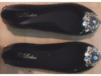 Womens Ted Baker London Brooch Detail Ballerina Pumps UK Size 6 Great Condition!