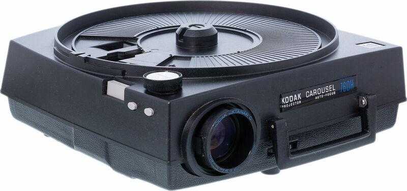 Kodak 760H Carousel Slide Projector (Refurbished) w/Standard Lens & Remote