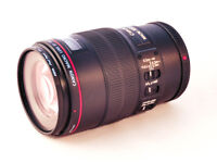 Canon EF 100mm f/2.8L Macro IS USM Lens - Mint Condition