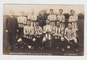 WADSELEY-BRIDGE-WESLEYAN-Football-Team-Vintage-Real-Photo-Postcard-Yorkshire