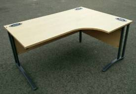 Office desk / VGC/ local delivery
