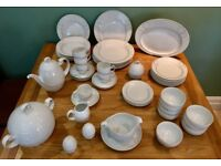 52 piece Rosenthal Studio Line Asymmetry white and gold Dinner Service- in excellent condition
