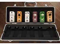 Mooer Firefly M6 Combined Flight Case & Guitar Pedal Board w/ Patch Cables & 9V DC Daisy Chain Cable