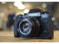Fuji XT-1 camera boxed in excellent condition with 35mm lens