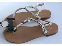 Brand new Carvela Kurt Geiger sandals (size 5)