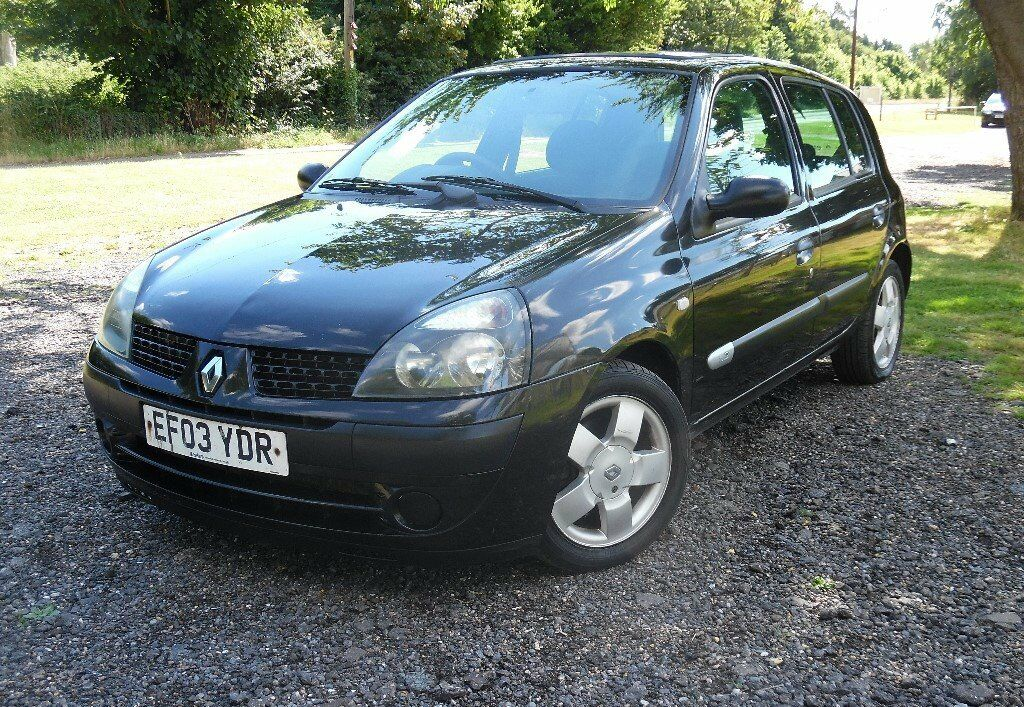 2003 renault clio 1 2 black 4 door long mot in colchester essex gumtree. Black Bedroom Furniture Sets. Home Design Ideas