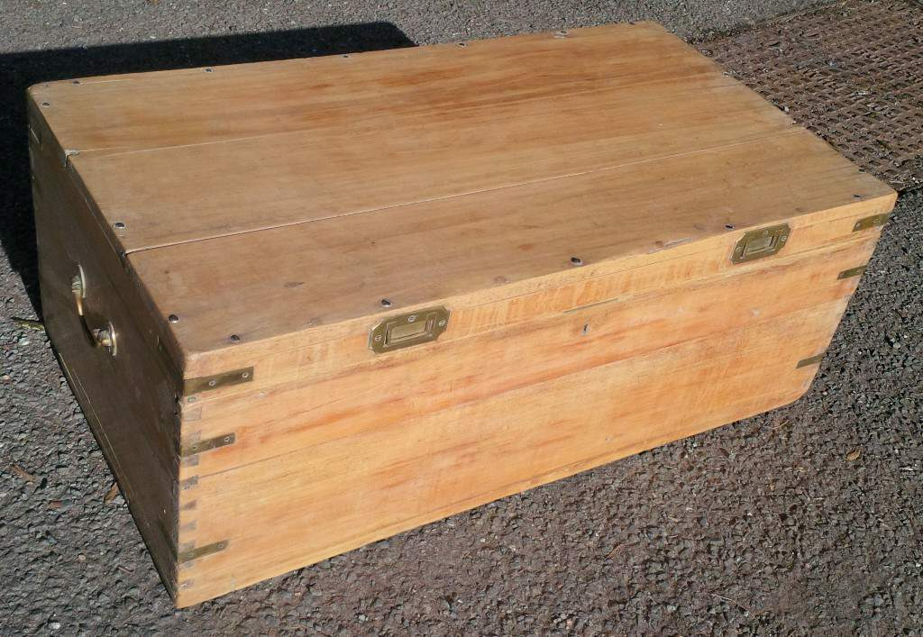 Distinctive Pine Trunk Chest Coffee Table