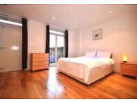 ** LUXURIOUS, 3 BEDROOM HOUSE AVAILABLE TO LET IN LIMEHOUSE **