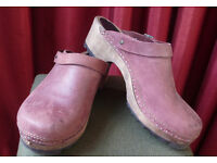 Red leather clogs, size 7