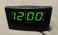 RCA Big Faced LARGE DISPLAY GREEN LED Am/Fm Clock Radio Alarm Clock RP3701A