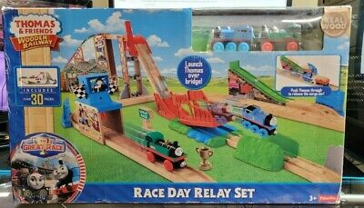 Fisher-Price Thomas & Friends Wooden Railway - Race Day Relay Set