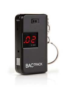 BACTRACK BLACK KEYCHAIN BREATHALYZER - ALCOHOL TESTER