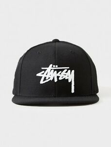 STUSSY STOCK LOGO SNAPBACK CAP BLACK