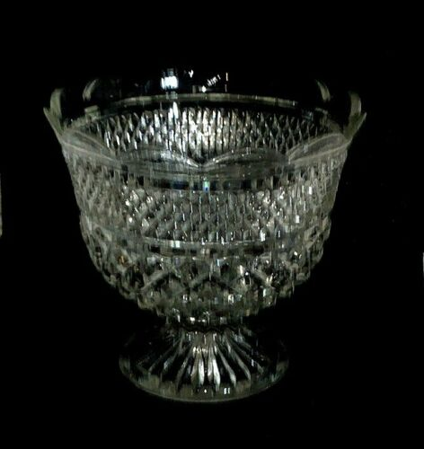 Anchor Hocking Wexford Scalloped Footed Pedestal Compote Centerpiece Fruit Bowl