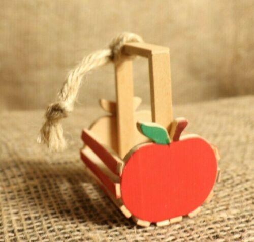 Wooden Midwest Apple Basket Ornament