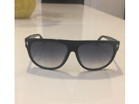 TOM FORD Men's Black Designer Sunglasses *GOOD AS NEW!*