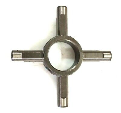 Sonalika Bevel Cross Part No 10351101aa Same As Swaraj 735