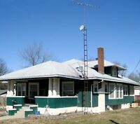 Looking For An Antenna Tower