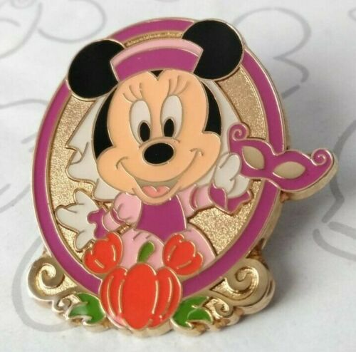 Minnie Mouse Princess Halloween Game Prize 2012 TDS Tokyo Disney Sea Pin 92309