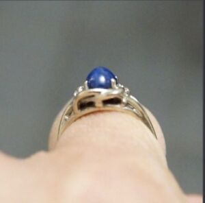Gently used lovely ladies white gold Star Sapphire Gemstone