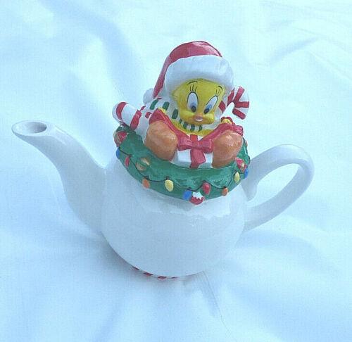 Looney Tunes Warner Bros Tweety Bird Christmas Tea Pot