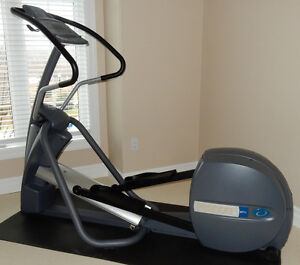 Elliptical Trainer - Precor EFX 5.21i