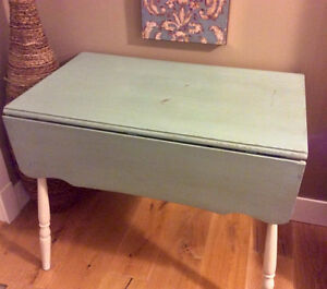 Shabby chic rustic drop leaf table