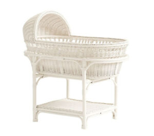 Pottery Barn Bassinet, mattress + bed sheet set!