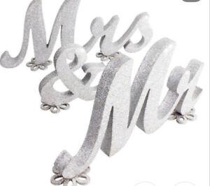 Mr & Mrs for Wedding