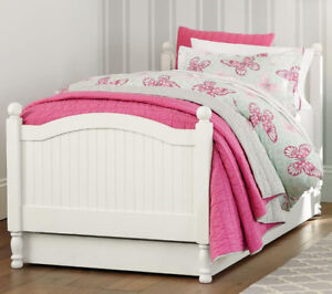 Solid wood Bed ( Single)