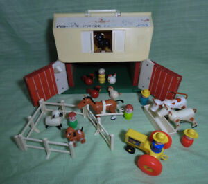 FISHER PRICE FARM LITTLE PEOPLE 1967 #915 (24 PIECES)