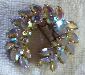SIGNED SHERMAN BROOCH IRREDESCENT BEAUTIFUL