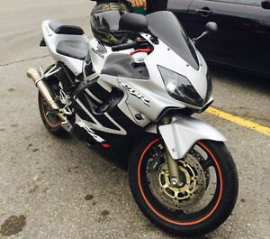 Beautiful 2001 Honda CBR f4i