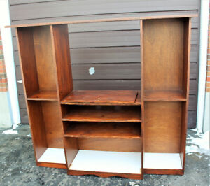 VERY GOOD CONDITION TV CABINET