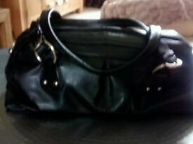 Real Genuine Leather Tommy & Kate Black Hanfbag £12