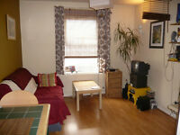 One Bedroom Flat close to the City _ Short Let