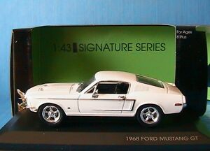 ford mustang gt fastback 1968 white yatming 1 43 signature serie 43206w blanche ebay. Black Bedroom Furniture Sets. Home Design Ideas